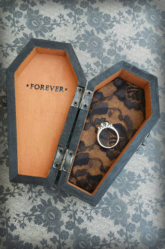 coffin ring box